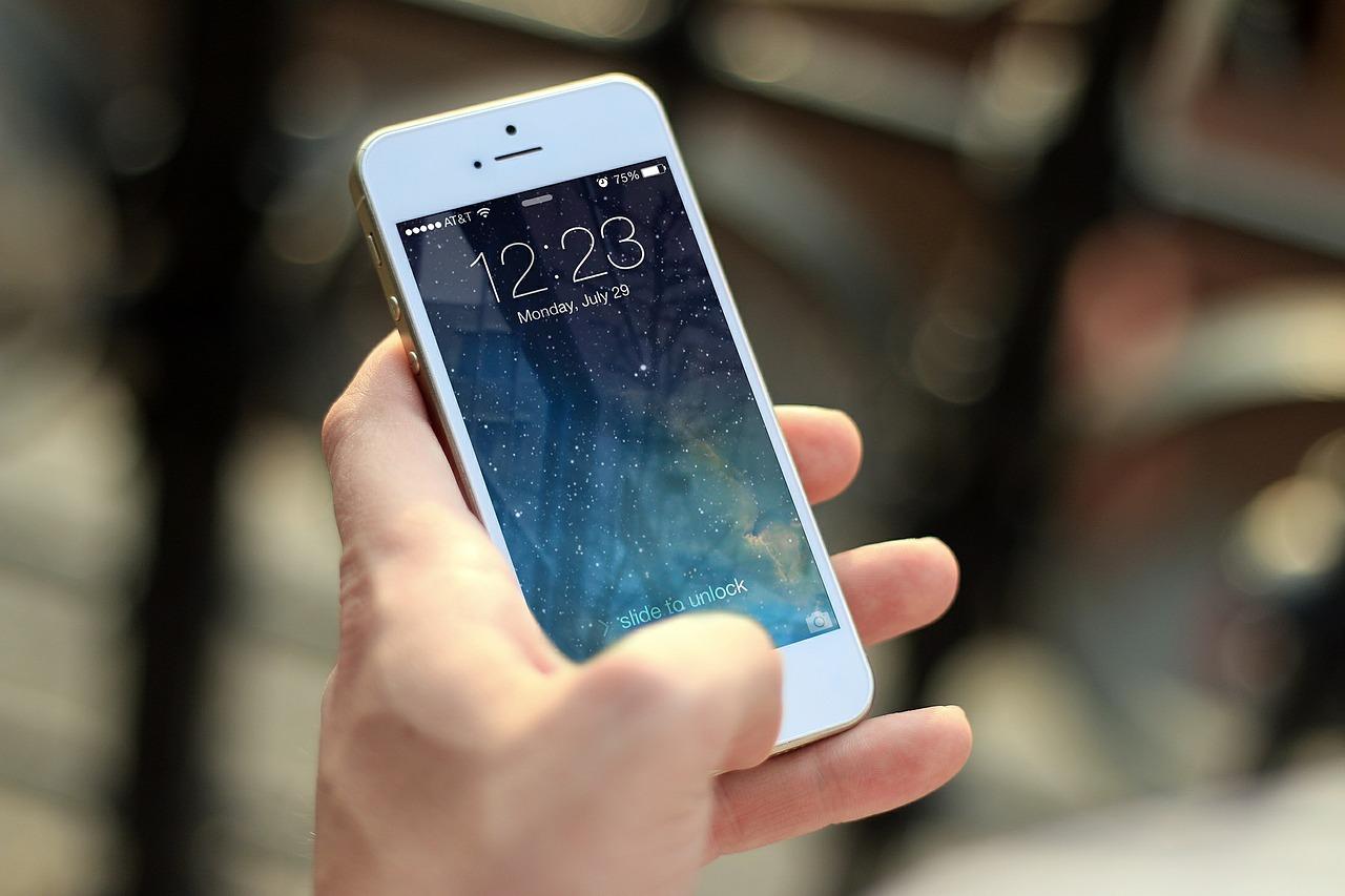 Czy warto korzystać z aplikacji mobilnych dla biznesu?
