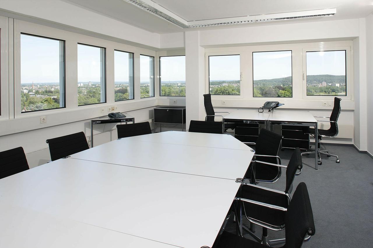 Aranżacja przestrzeni biurowej