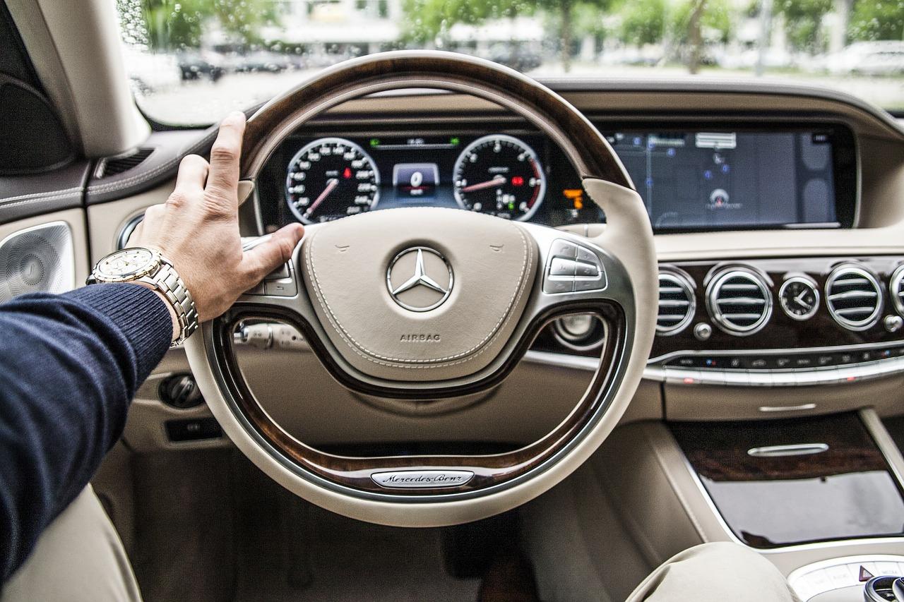 Wypożyczalnia samochodów: jaką ma ofertę?