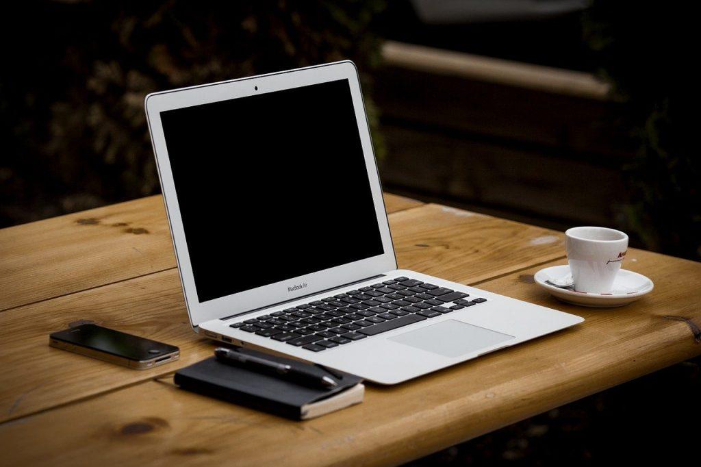Czym wyróżnia się dobry serwis Apple?